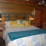 cedar-cabin-bedroom-lynchburg-tn